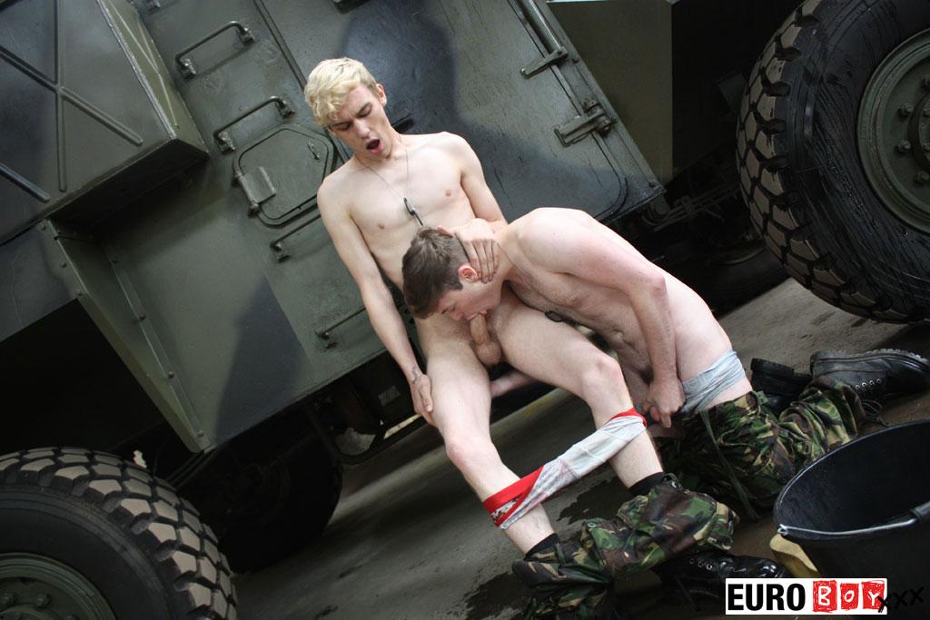 minet bite rencontre militaire gay