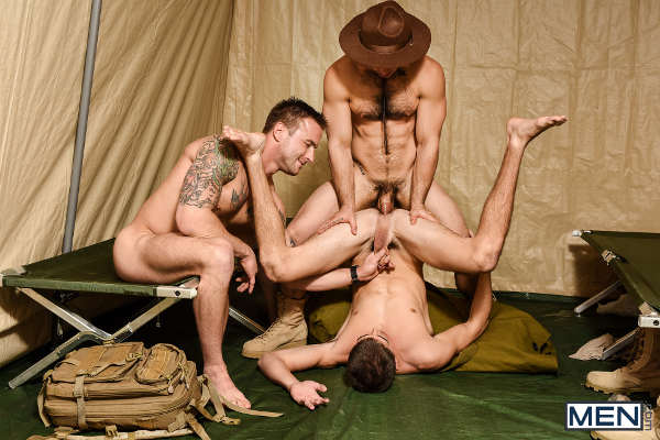 enorme sexe gay rencontre militaire gay